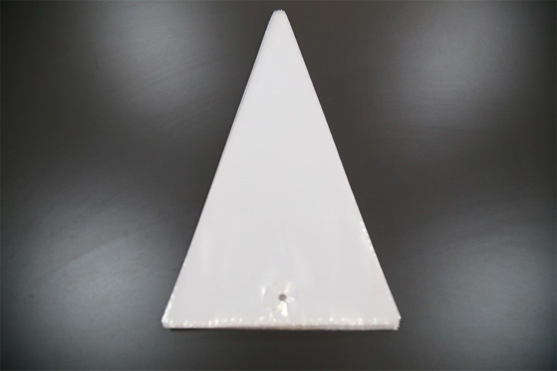 Polythene Disposable Piping Bags , Triangle Disposable Cake Decorating Bags